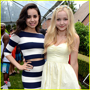 Dove Cameron & Sofia Carson Are a 'Descendants' Duo at JJ's Summer Bash Presented by SweeTARTS Chewy Sours