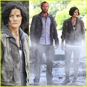 Jaimie Alexander & Sullivan Stapleton Get Dirty on 'Blindspot' Set!