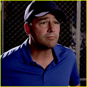 Kyle Chandler Is Back as Coach Taylor in No Texting PSA