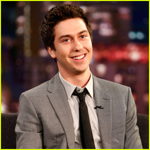 Robert De Niro Basically Told Nat Wolff to Stick His Gum Underneath a Table