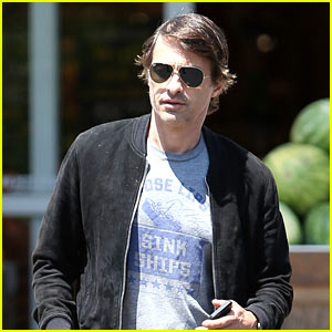 Olivier Martinez Steps Out After Second Wedding Anniversary