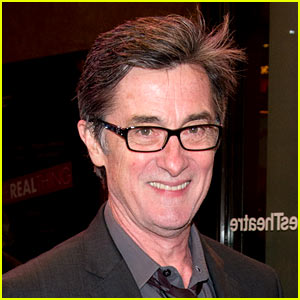 Roger Rees Dead - 'Cheers & 'West Wing' Actor Dies at 71