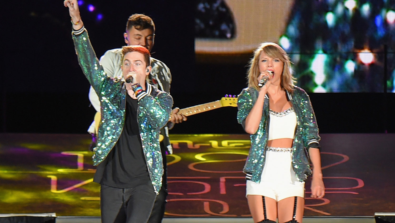 Taylor swift shuts up and dances with walk the moon watch