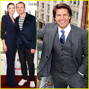 Tom Cruise Pulls Off a Stunt at 'Rogue Nation' UK Premiere!