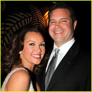 Vanessa Williams Marries Jim Skrip on Fourth of July!