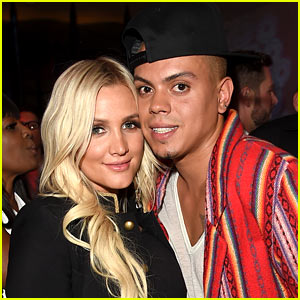 Ashlee Simpson Reveals Her Newborn