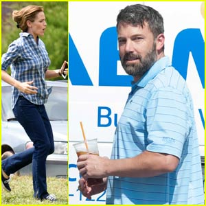 Ben Affleck Steps Out Sans Wedding Ring in Los Angeles