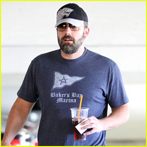 Ben Affleck Takes His Kids to Taylor Swift's 1989 Concert!