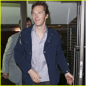 Benedict Cumberbatch is Fan Friendly After 'Hamlet' Show