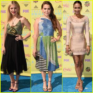 Chloe Moretz WINS Choice Movie Drama Actress at Teen Choice Awards 2015!