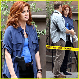 Debra Messing Gets Silly While Spending Her Friday Night On Set
