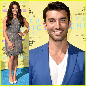 Gina Rodriguez Gets Justin Baldoni's Support at Teen Choice Awards 2015!
