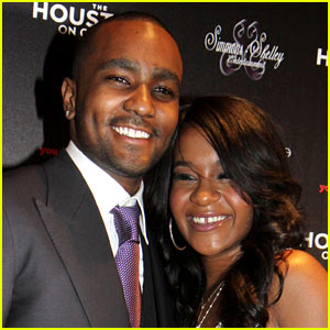 Nick Gordon Breaks Down in Tears at Bobbi Kristina's Grave (P