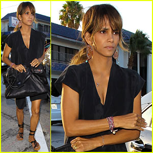 Halle Berry's Movie 'Kidnap' No Longer Has a Release Date