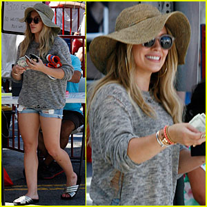 Hilary Duff Heads to the Doctor With Son Luca
