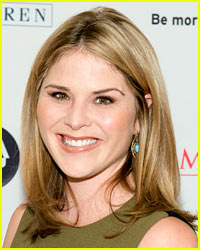 Jenna Bush Hager Gives Birth, Debuts Baby Girl's First Photo