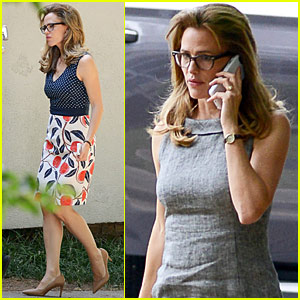 Jennifer Garner Gets Some Special Visitors On Set