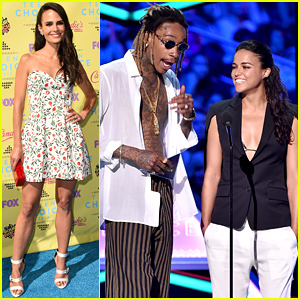 Jordana Brewster & Michelle Rodriguez Represent 'Furious 7' at Teen Choice Awards 2015