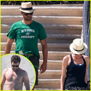 Joshua Jackson Goes Shirtless With Diane Kruger in Cabo
