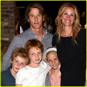 Julia Roberts' Kids Are Growing Up Fast - See New Photos!