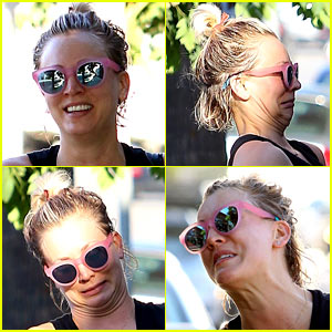 Kaley Cuoco Puts on Funny Faces to Make Her Friend Laugh