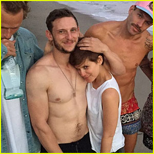 Jamie Bell & Kate Mara Get Cuddly While Celebrating the Full Moon Together