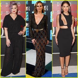 Kelly Osbourne & Keltie Knight Hit Up MTV VMAs 2015
