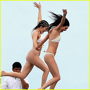 Kendall & Kylie Jenner Jump Off a Boat Together in Mexico!