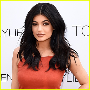 Kylie Jenner's Family Wishes Her a Happy Birthday on Social Media - Read the Tweets!