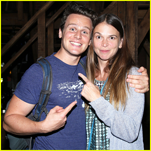 Jonathan Groff Gets Support from Sutton Foster at 'Hamilton'!