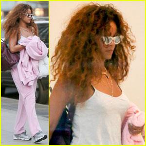 Rihanna Debuts New Perfume 'RiRi by Rihanna'