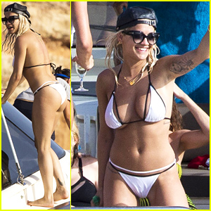 Rita Ora Displays Her Unbelievable Bikini Body in Ibiza!
