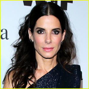 Sandra Bullock's Hot New Boyfriend Revealed! (Photo)