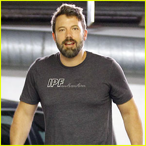 Ben Affleck Puts a Smile Back On His Face!