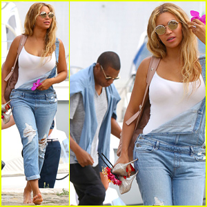 Beyonce Dispels Pregnancy Rumors with This New Photo