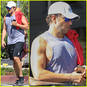 Bradley Cooper Looks Insanely Buff After His Workout!