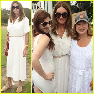 Caitlyn Jenner Celebrates Her Official Name Change (Video)
