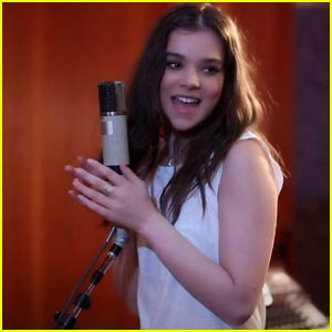 Hailee Steinfeld Belts Out 'Love Myself' Acoustic Version (Video)