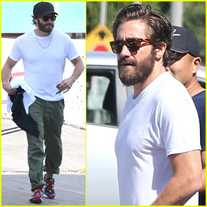 Jake Gyllenhaal Spent Time in an Altitude Simulator To Prepare for 'Everest'