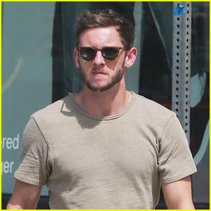 Jamie Bell Does Some Solo Shopping at Marc Jacobs in WeHo