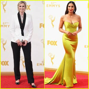 Jane Lynch & Padma Lakshmi Bring 'Hollywood Game Night' & 'Top Chef' to Emmy Awards 2015!