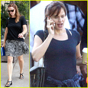 Jennifer Garner Enjoys A Solo Outing Running Errands