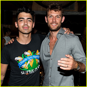 Joe Jonas' Band DNCE Perform Two More New Songs! (Video)