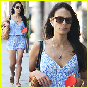 Jordana Brewster Runs Errands Over Labor Day Weekend!