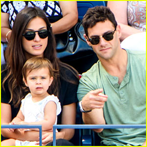 Justin Bartha Brings His Daughter Asa to the U.S. Open