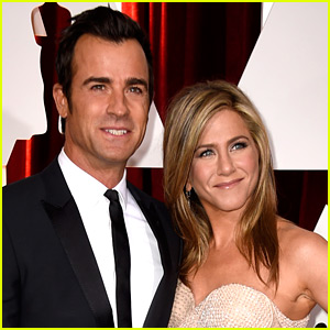 Justin Theroux & Jennifer Aniston's Wedding Officiant Jimmy Kimmel Cried During Their Ceremony!