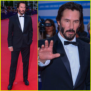 Keanu Reeves Suits Up For 'Everest' Premiere