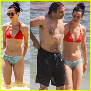Krysten Ritter Bares Her Bikini Body in Cancun!