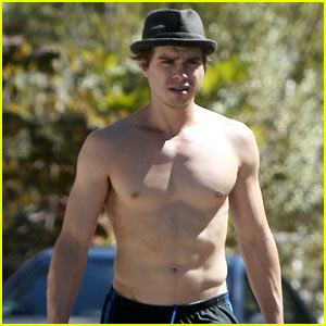 Boy Meets World's Matthew Lawrence Proves He's Still a Heartthrob with New Shirtless Photos!