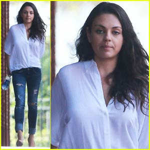 Mila Kunis Keeps Busy at a Business Meeting in Burbank